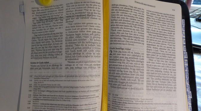 Voiko Biblen 2000, Ruotsin Biblelkomission Raamatunkäännökseen luottaa? Ruotsin, Suomen ja Englannin parhaat Raamatut.
