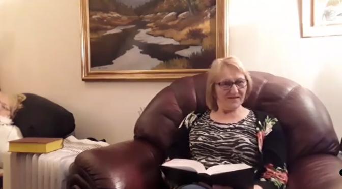 Rukous- ja opetusohjelma Kaarina, Marja Liisa ja Jukka rukoilevat Jeesuksen nimessä