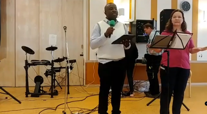 Video: David's groups Saturday meeting of 2019-05-19. Preaching Aud Sölvberg David's grupp söndagsmötet i 2019-05-19  Predikar: Aud Sölvberg